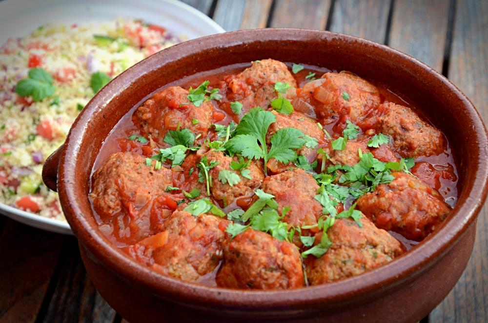 Marokkanske lammekjøttboller med couscous-tagine de kefte_650