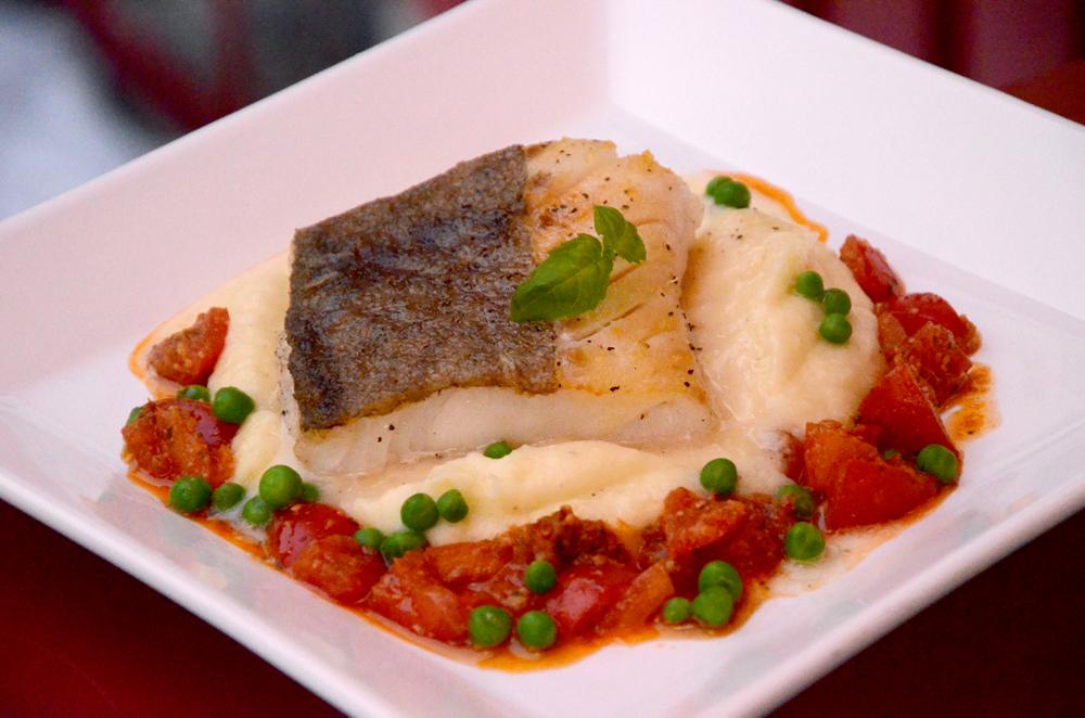 Stekt skrei-torsk med potetpure og pesto ross-rød pesto_1000