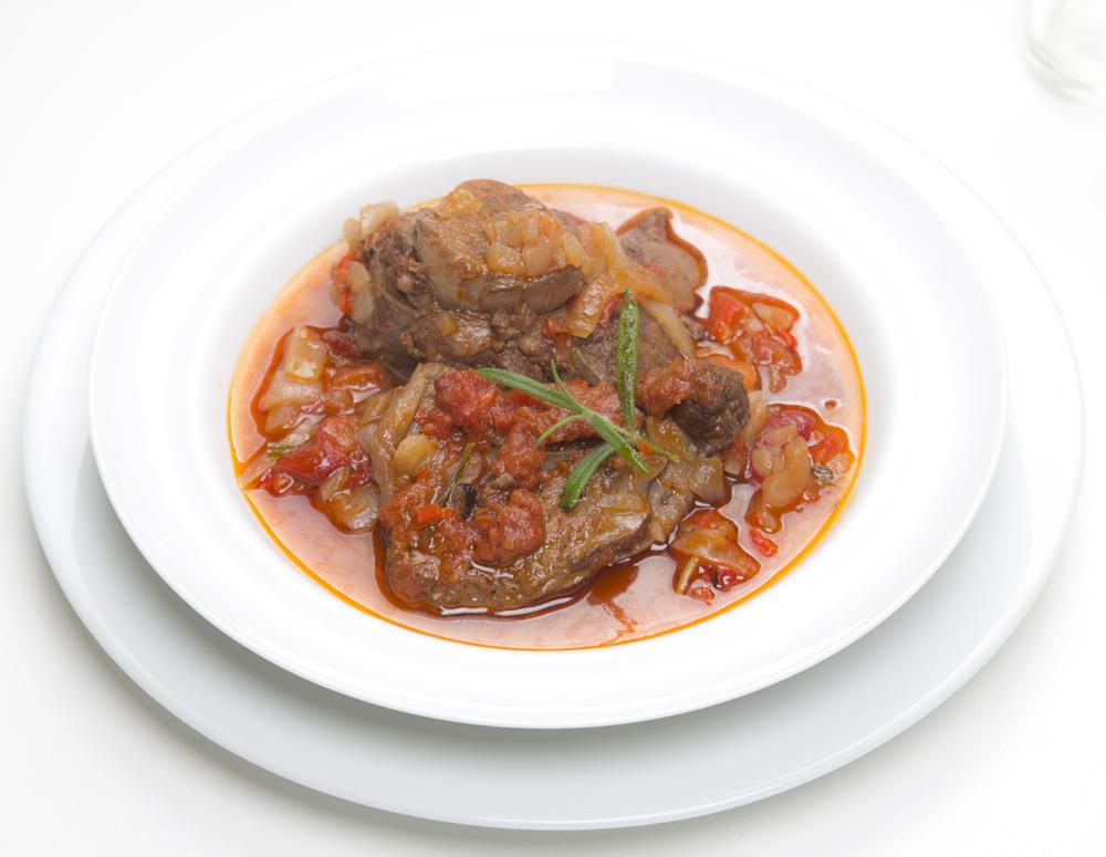kjegryte-lammegryte-geitegryte-med tomatsaus-rødvin_1000