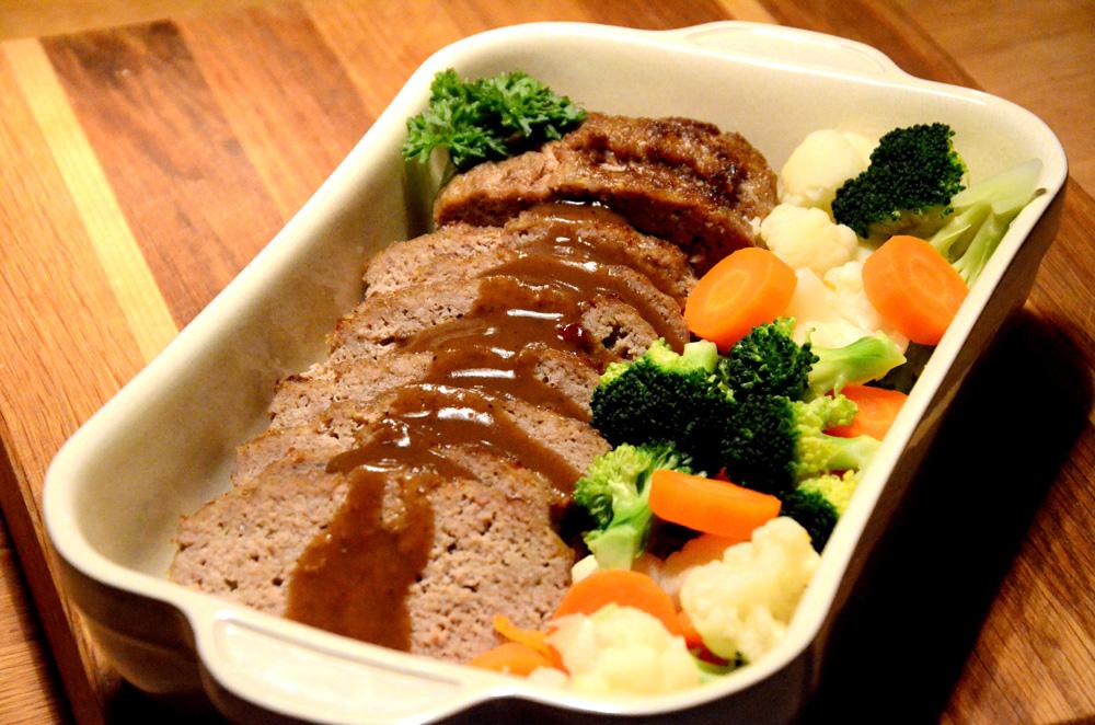 Kjøttpudding-meat-loaf-med rømme_1000