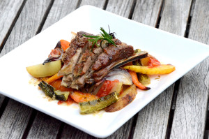 Langtidsstekt lammeribbe med ovnsbakte grønsaker og poteter2_1000